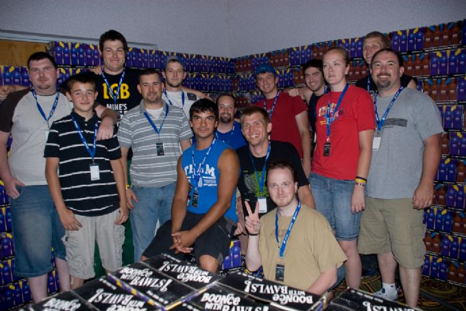 BAWLS Guarana: BAWLS Fans Build a 12-pack Fort!
