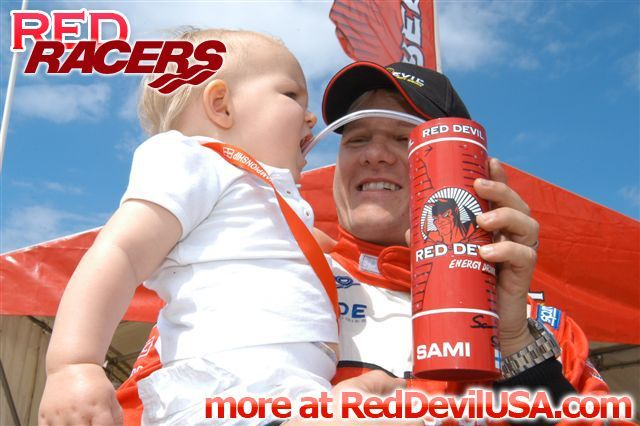 Red Devil Energy Drink: Red Devil F1 Boat Racer Sami Seliön